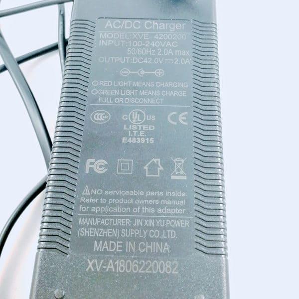 Chargeur de rechange pour Xiaomi M365 / Pro