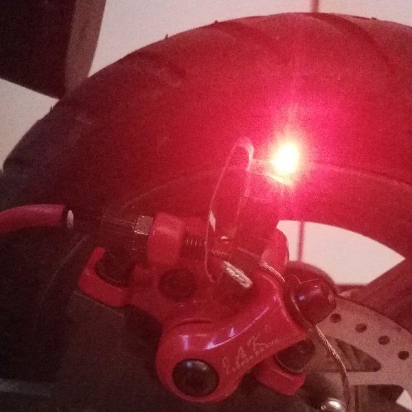 Lumière de freinage Xiaomi M365