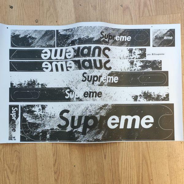 stickers full suprême noir et blanc